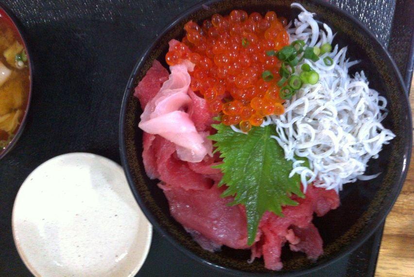 ふじやす3色丼