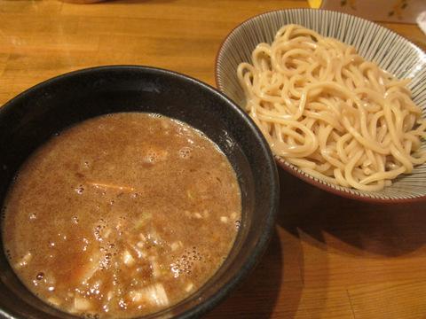 狸穴(濃厚つけ麺)