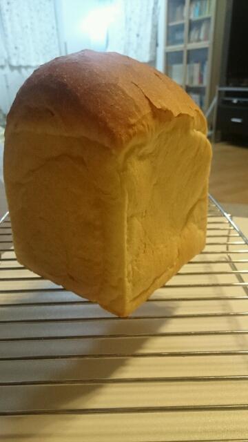食パンへこんだ