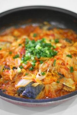 サバとキムチのピリ辛蒸し煮2