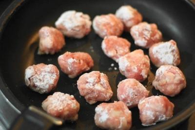 揚げずに作る豚こま切れ肉の黒酢スブタ2