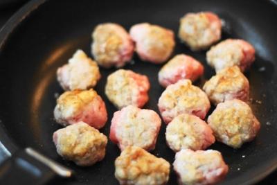 揚げずに作る豚こま切れ肉の黒酢スブタ3