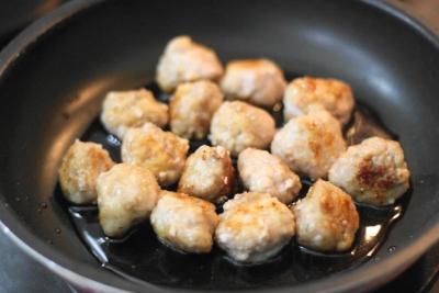 揚げずに作る豚こま切れ肉の黒酢スブタ7