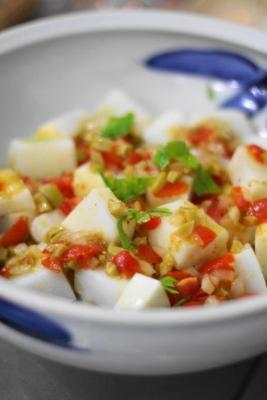 アカイカのソテー ピリ辛トマトソース