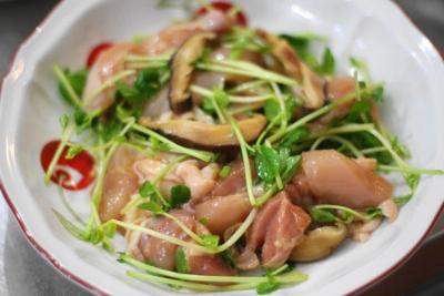 鶏肉と豆苗の蒸し煮3