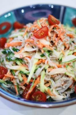 ひき肉と白滝のタイ風サラダ2