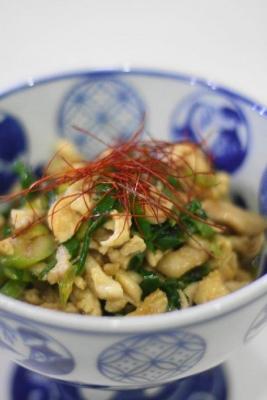 鶏皮と長ねぎ(青い部分)の甘辛炒め2