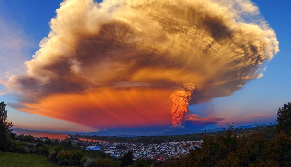 チリ カルブコ火山