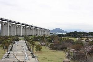 瀬戸大橋と桜10