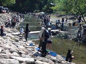 02 集まった釣り人