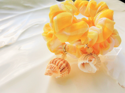 貝殻シュシュ1
