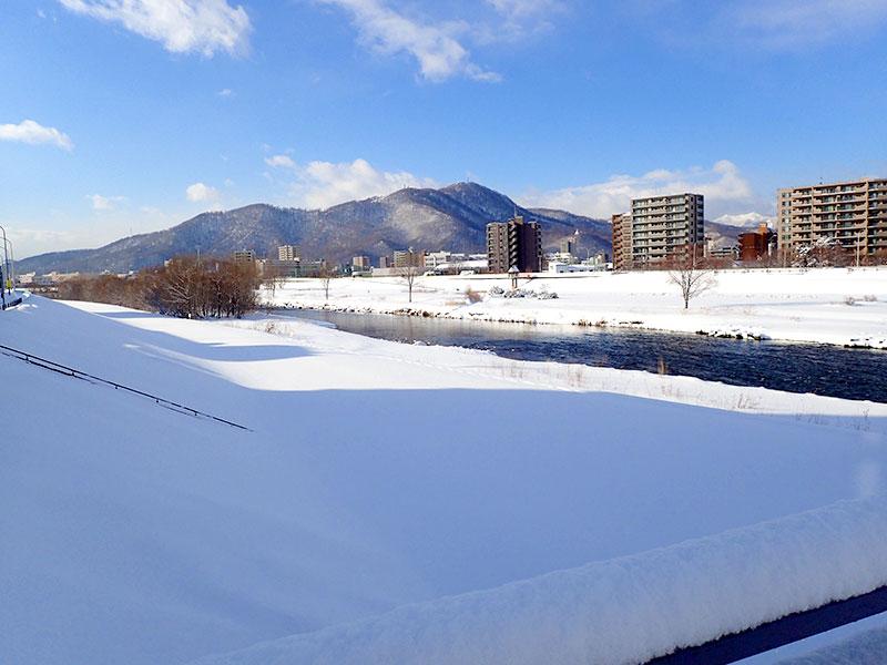 幌平橋より撮影した豊平川