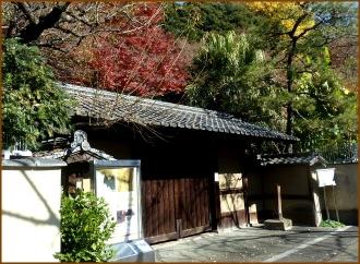 20141222 門  神田川から  芭蕉庵