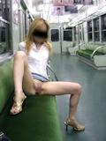 電車・駅 野外露出ヌード画像 2