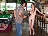 日本女性 露出ヌード画像 7