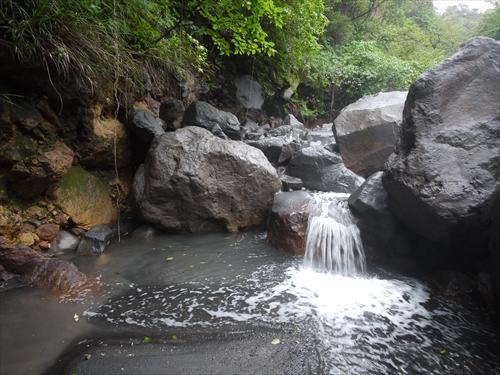 150504-014751-2番目の滝_R