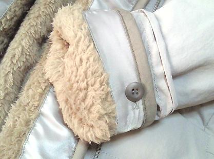 これは真冬から春先にかけて着れるので、これから沢山使いたいです。