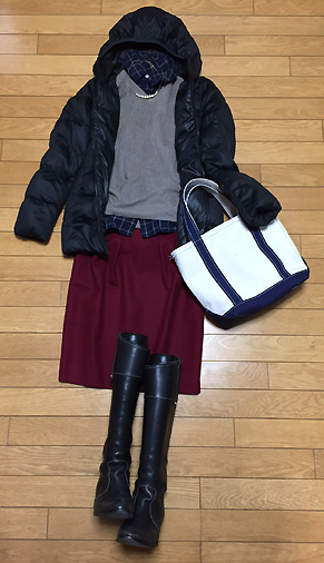 「紺シャツ&紺バッグ&紫スカート」なチャレンジコーデ