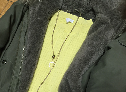 黄色で春っぽさを
