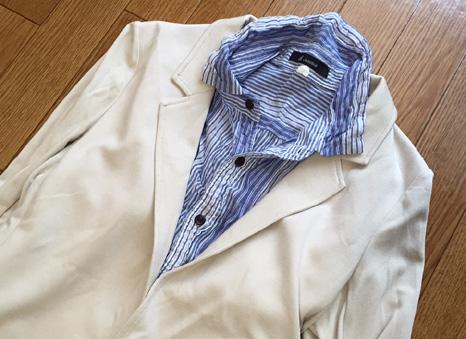 中のシャツはシワ加工のものにしてみた