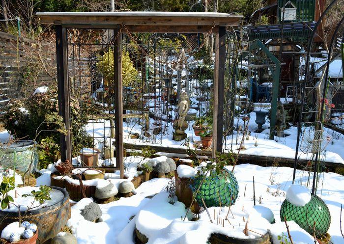 1,3雪の庭ー3