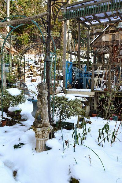 1,3雪の庭ー6