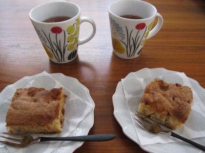 IMG_0054りんごとくるみのケーキ