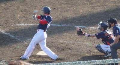P52133308回裏黒川が左越え二塁打を放ち2点4対4の同点