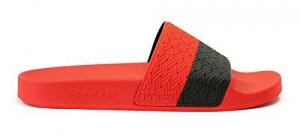 ファッショントレンドとして一押しアイテム! adidasbyRAFSHIMONS(アディダスバイラフシモンズ)ツートーンサンダルADILETTE red