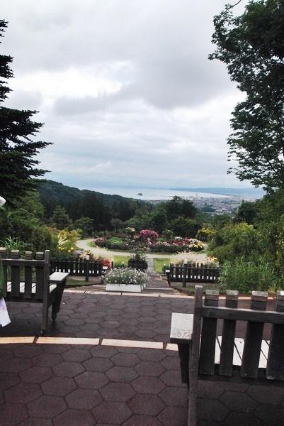 バラ園と金沢-028