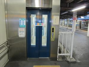JR逗子駅エレベーター