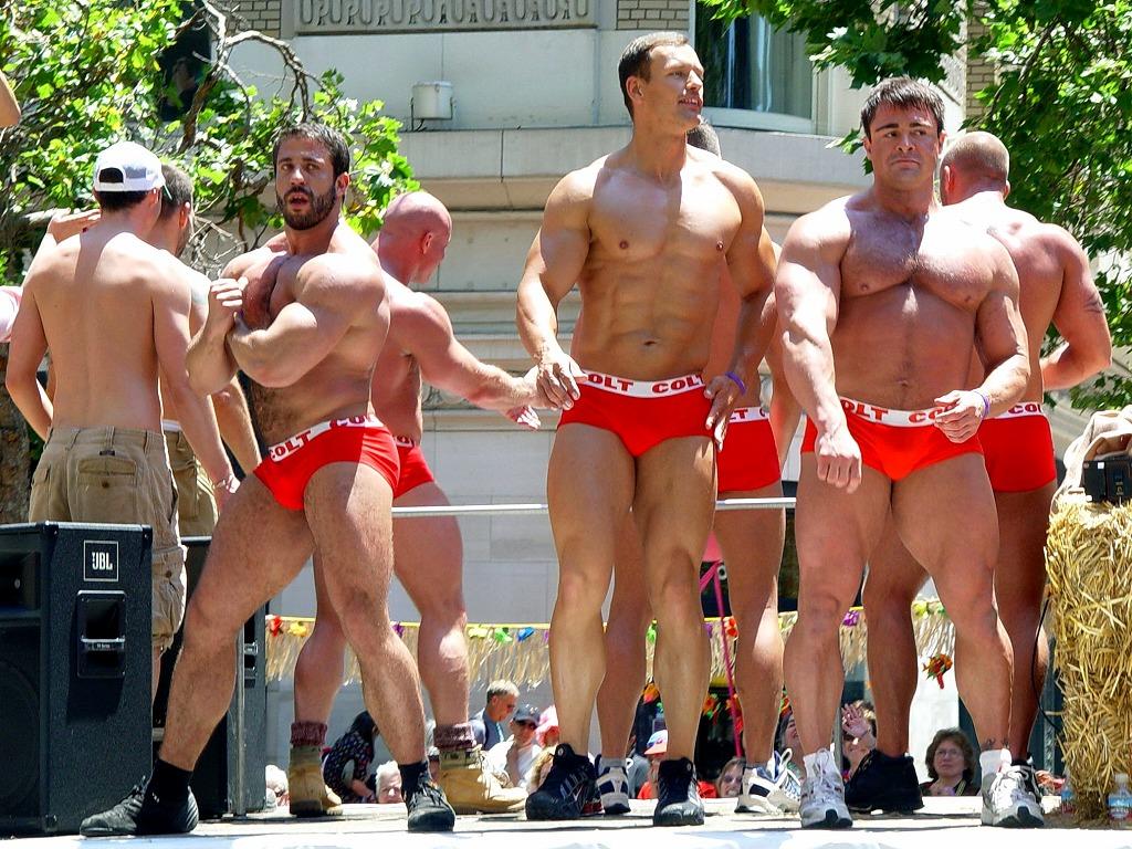 s-COLT_guys_(San_Francisco_Gay_Parade_2006).jpg