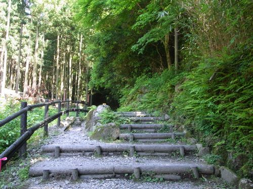 熊野磨崖仏2