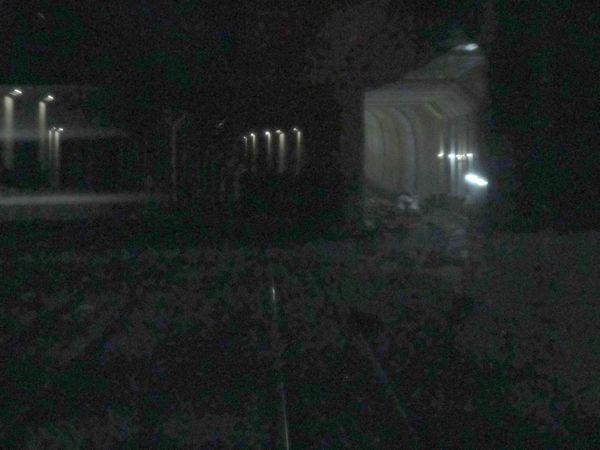 副都心線和光市方面行き列車の後面展望。右側に工事中の連絡線が見える。