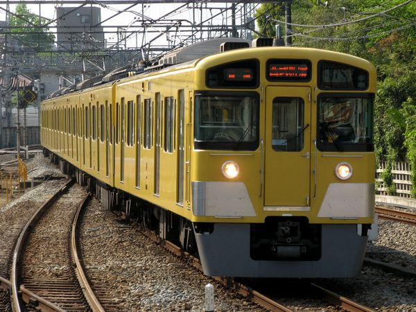 通勤電車の主力車両2000系