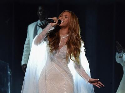Grammy_2015_Beyonce