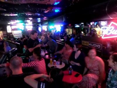 Lonnie's_Nashville_03