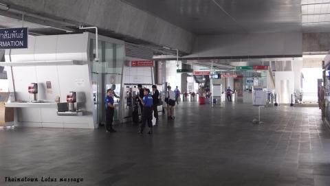 チョノンシー → スワンナプーム空港
