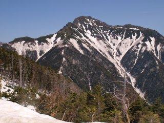 s05本谷山から塩見岳方面1