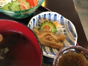 美ら海 ゴーヤチャンプル定食 ミミガーアップ