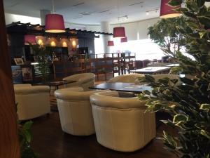 MOA cafe 店内1