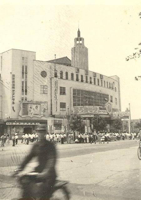 15東洋一の国際劇場