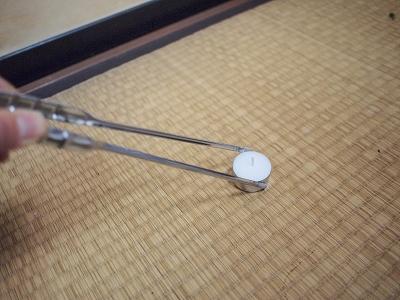 竹ろうそくと菜箸2