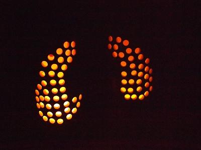 竹ろうそく用ろうそくとLED電球の比較3