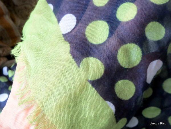 ヴェラ・ブラッドリー2015春夏スカーフ「Soft Fringe Scarf」
