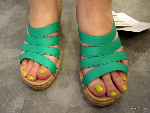クロックス「a-leigh synthetic sandal wedge w」