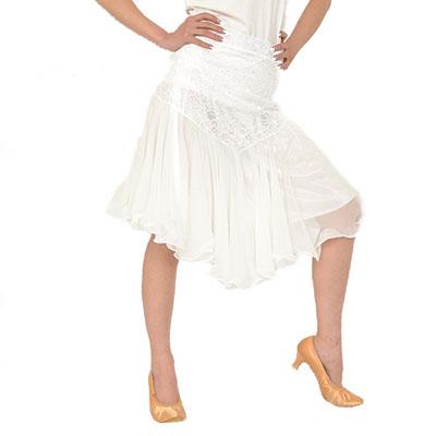 レース生地ふんわりスカート