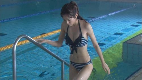 桐谷美玲、生足の寒さにビックリ! 主演作の制服姿公開「最後になるかも」3