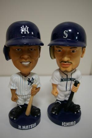 似ていない? ヤンキース公式ツイッター、田中将大のバブルヘッド人形の写真を公開3