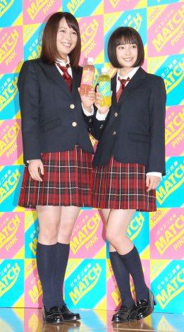 広瀬アリス&すず姉妹が男子校にサプライズ登場、「かわいい」と生徒歓喜…炭酸飲料「マッチ」新CM発表会2